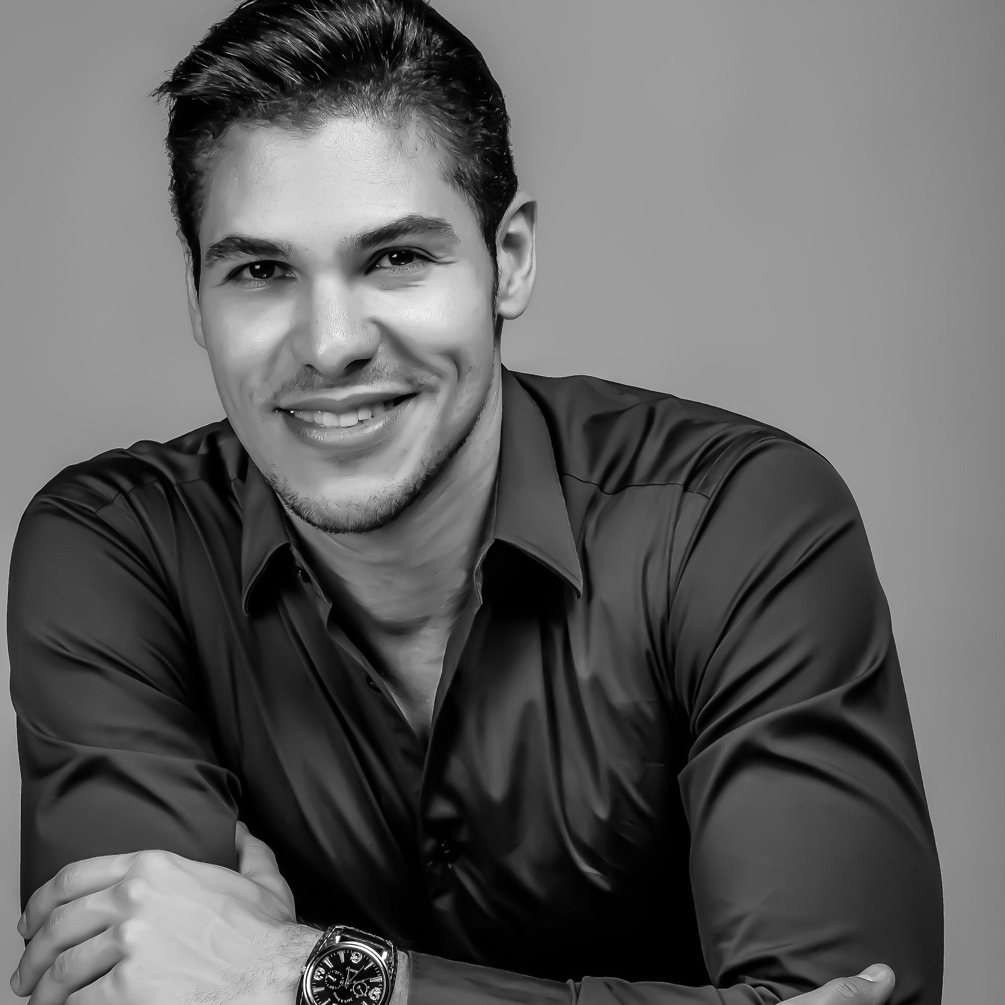 Armando De Almeida